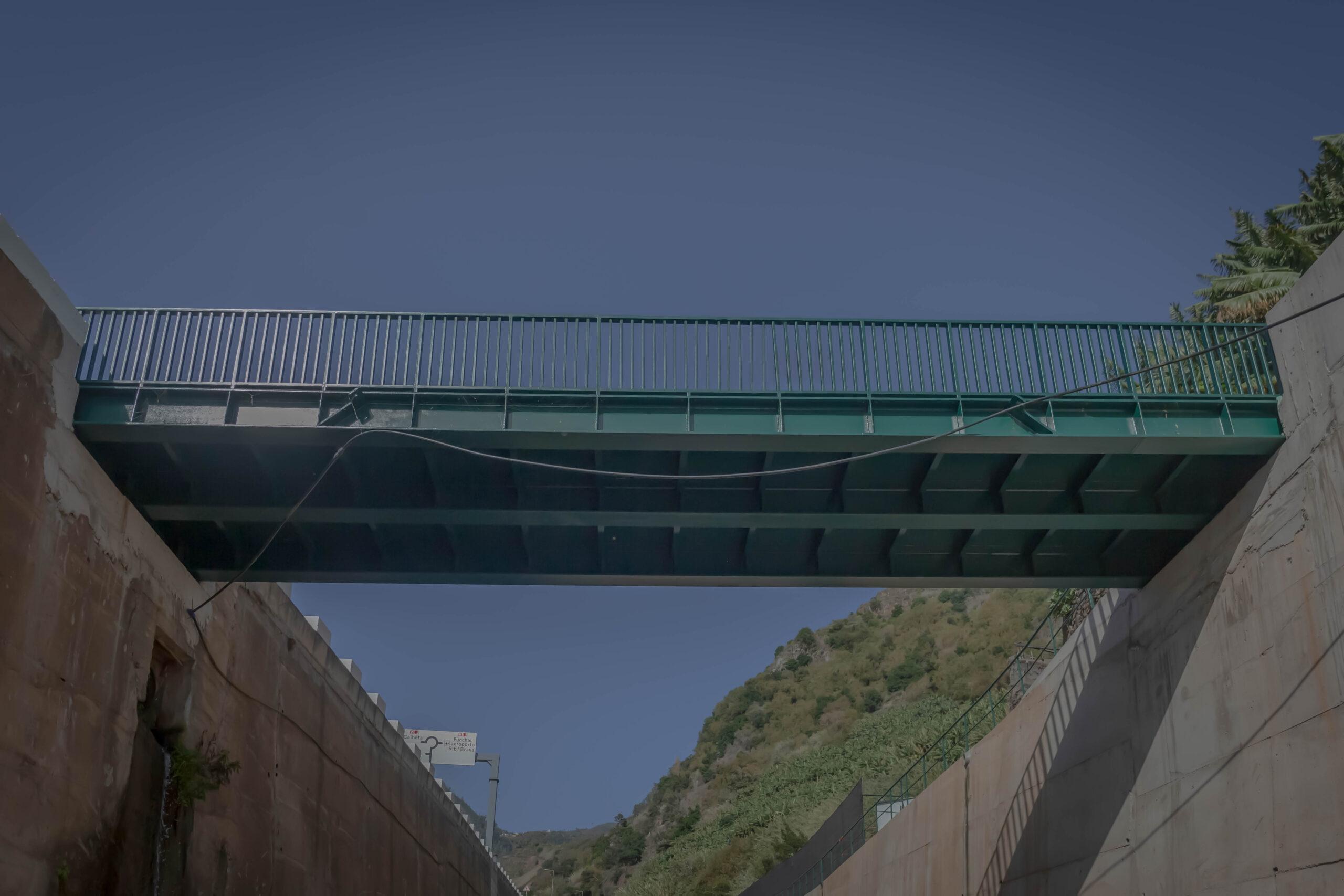 Pontes pedonais Madalena do Mar